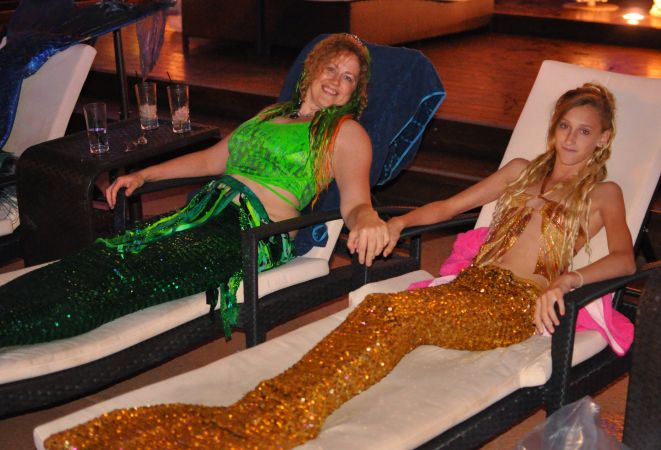 Mermaid Convention Photography #312<br>4,015 x 2,733<br>Published 1 year ago